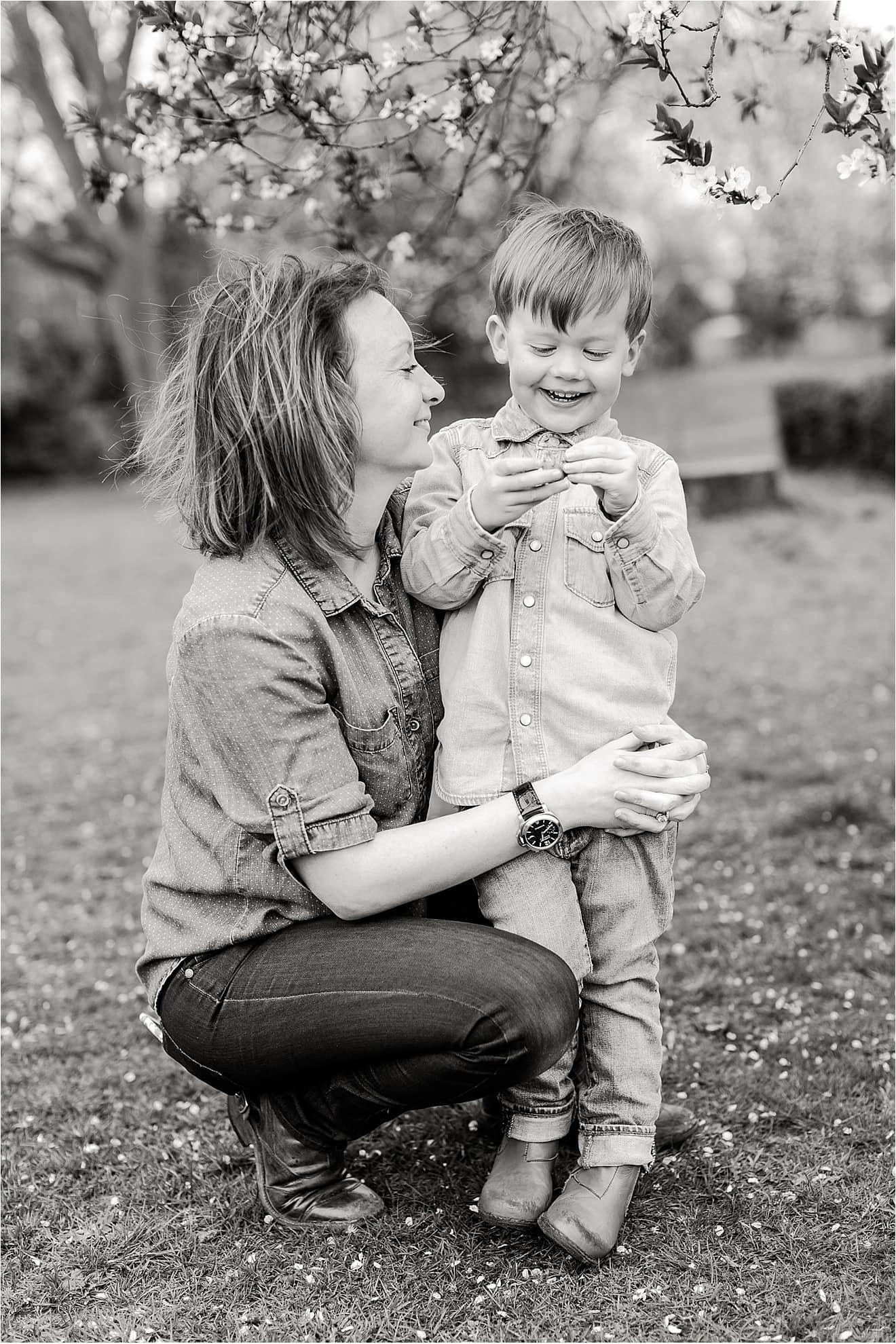 family-photography-spring-weybridge-eddie-judd-photography_0023