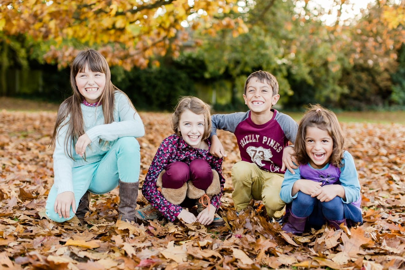 autumn-mini-portrait-sessions-surrey-weybridge-cobham-eddie-judd-family-photographer_0005