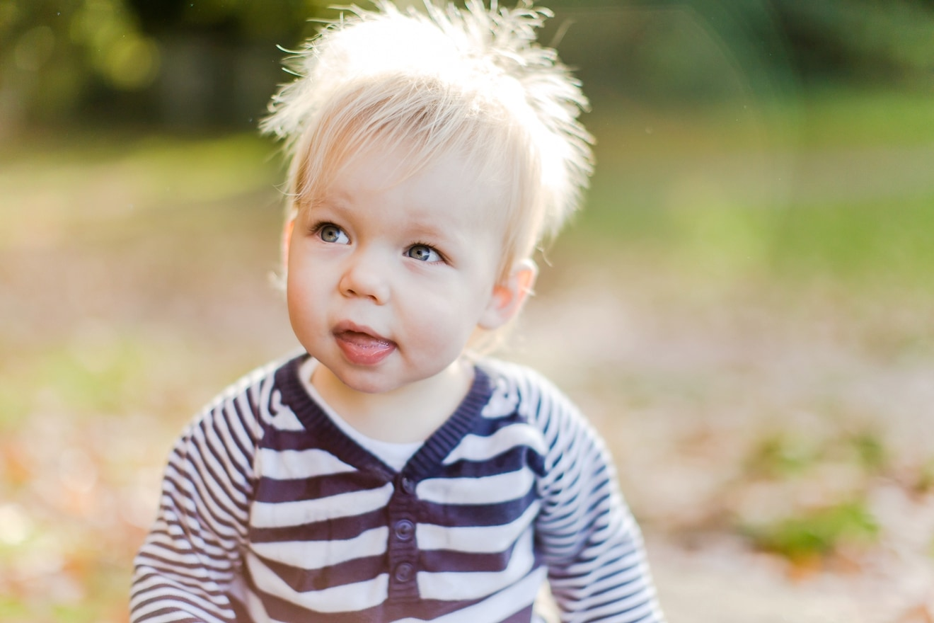 autumn-mini-portrait-sessions-surrey-weybridge-cobham-eddie-judd-family-photographer_0009