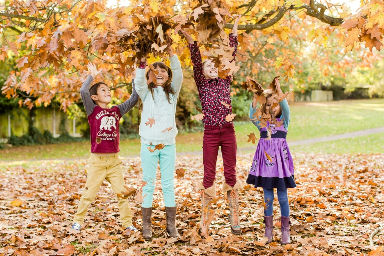 autumn-mini-portrait-sessions-surrey-weybridge-cobham-eddie-judd-family-photographer_0018