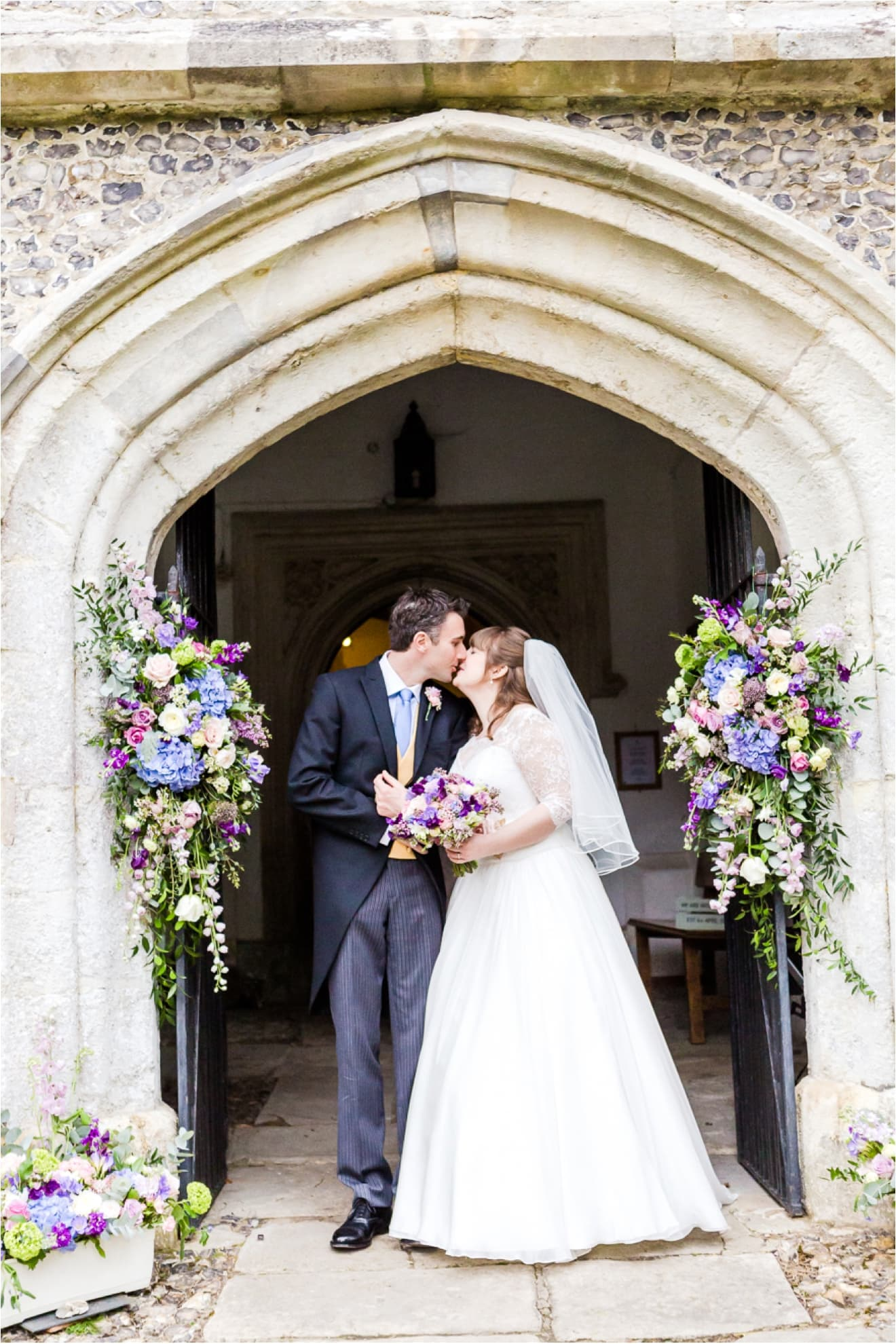 wedding-at-hambledon-vineyard-eddie-judd-photographer0056
