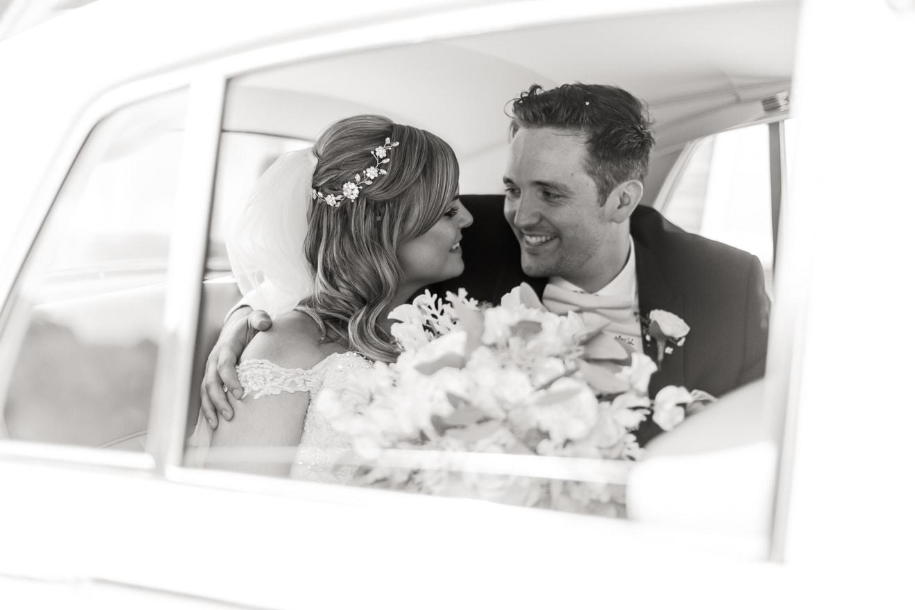 16-ClaireSam-Millbridge-Court-wedding-Eddie-Judd-Photography
