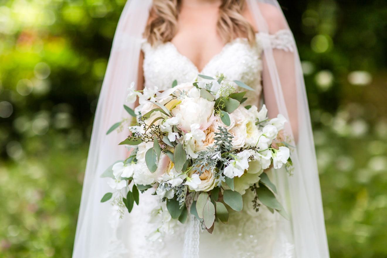 28-ClaireSam-Millbridge-Court-wedding-Eddie-Judd-Photography