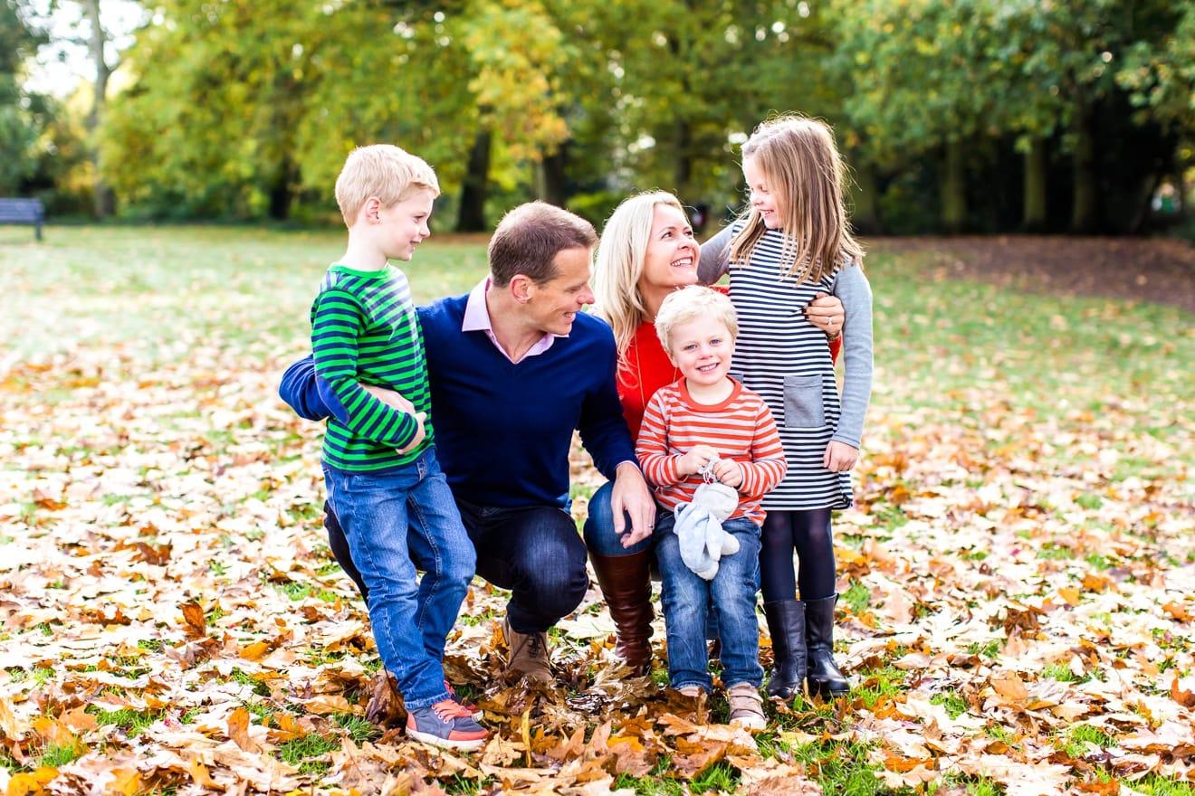 2-autumn-mini-session-family-surrey-eddie-judd-photography-eddie-judd-photography-3