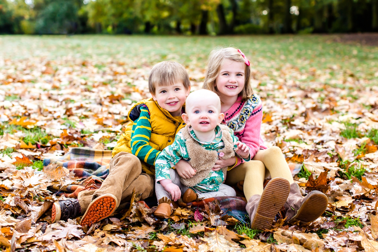 3-autumn-mini-session-family-surrey-eddie-judd-photography-eddie-judd-photography